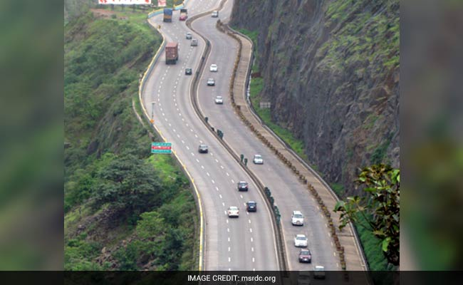 Drones Monitor Traffic On Mumbai-Pune Expressway Called A 'Death Trap'