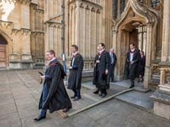 Oxford Gets 2,400 More Undergrad Applications Than Cambridge