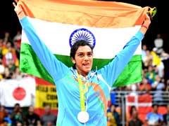 Telangana To Give Rs 1 Crore Cash Prize To PV Sindhu