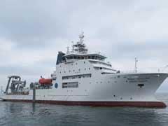 लापता एएन32 विमान की तलाश कर रहे जहाज़ों को पानी के नीचे दिखी कुछ वस्तुएं