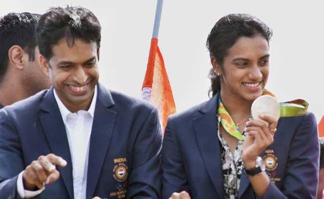Sindhu Celebrations Part Deux: After Hyderabad, A Vijayawada Victory Rally