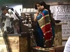 Smriti Irani's 'No Fuss, No Security' Starbucks Pic is a Social Media Hit