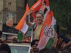 Sonia Gandhi Running Fever, Hospital Stay Extended