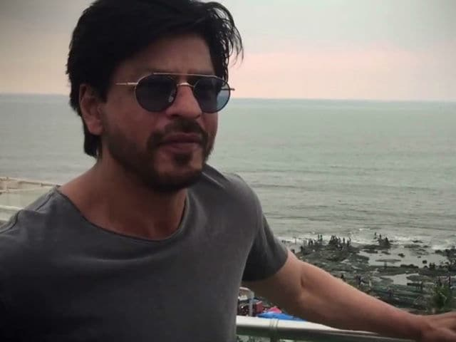 Shah Rukh to Begin Shooting for Aanand L Rai's Next in December