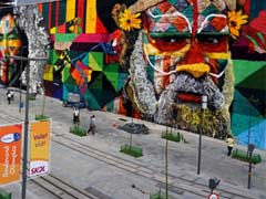560-Foot Spray Paint Mural In Brazil Sets Guinness World Record