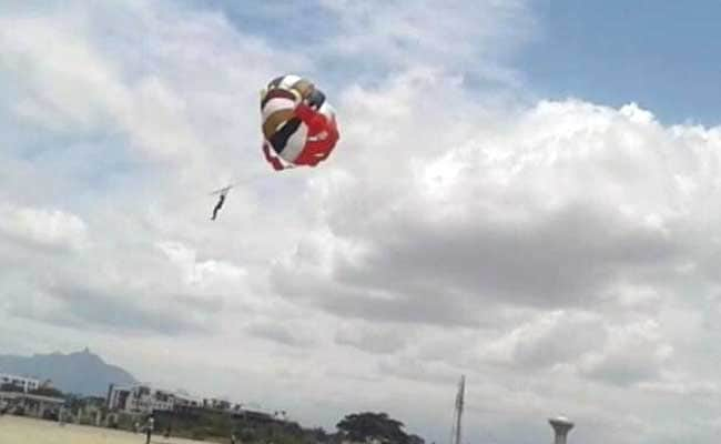 Coimbatore man falls while parasailing and died, Watch shocking video