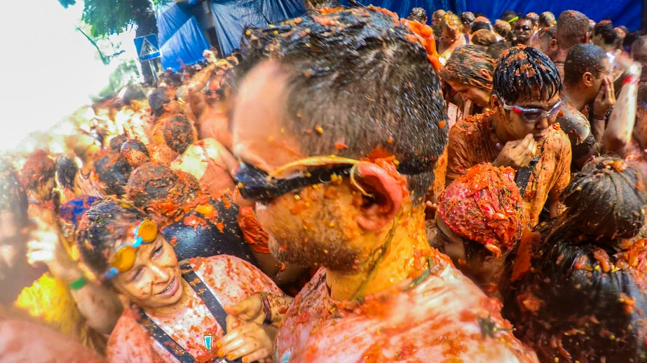 La Tomatina 2016: 10 Incredible Facts About the Worlds Biggest ...