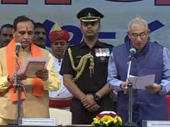 Vijay Rupani Takes Oath With 24 Ministers, Drops 9 From Anandiben's Team
