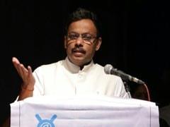 Shobhaa De Has Insulted Sportspersons, Says Maharashtra Sports Minister Vinod Tawde