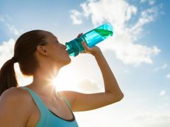 Water Versus Sports Drinks: What Young Athletes and Fitness Lovers Should Drink