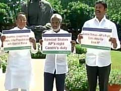 YSR Congress MPs Protests Over Special Status To Andhra Pradesh