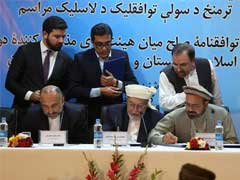 Afghanistan Signs Draft Peace Deal With Prominent Warlord