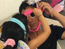 Twinkle Khanna, Akshay Kumar Post Adorable Pics of Nitara on Her Birthday