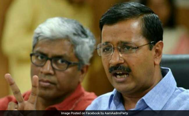Sacked AAP minister Sandeep Kumars PA detained