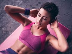 The Classic Belly-Fat Blasting Exercise: How to do Crunches?
