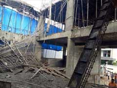8 Injured As Scaffolding Collapses At Construction Site