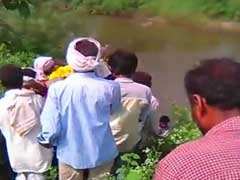MP के खंडवा में दबंगों ने दलित महिला की शवयात्रा रोकी, पुलिस सुरक्षा में हुआ अंतिम संस्कार