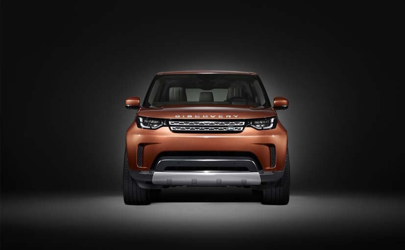 Land Rover reveals new face of Discovery
