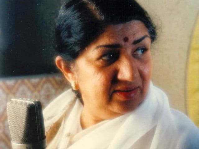 Lata Mangeshkar  to be Honoured With  Bangabibhushan Award