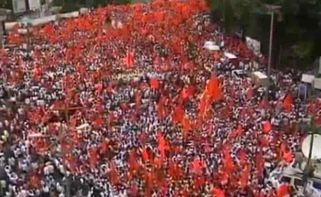 Maratha Protest For Quota Snowballs, Huge Rally Held In Pune