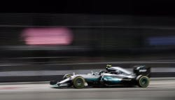 F1: Nico Rosberg Wins His First Singapore GP Against Daniel Ricciardo