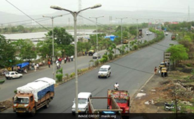 Die In Car Accident Near Lonavala On Mumbai-Pune Expressway