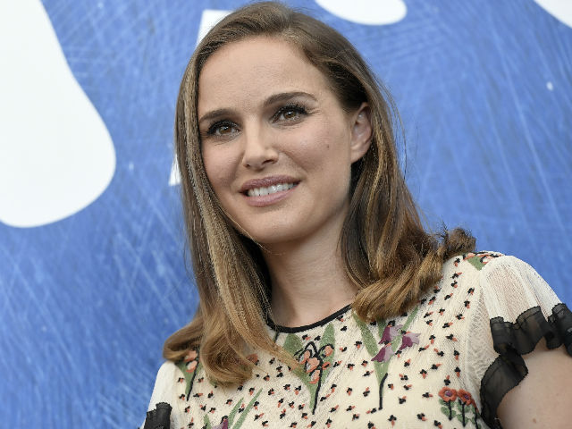 Natalie Portman Plays Jackie Kennedy, Her 'Most Dangerous' Role - NDT... Natalie Portman