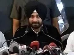Navjot Singh Sidhu's New Outfit 'B Team' Of RSS, Says Aam Aadmi Party