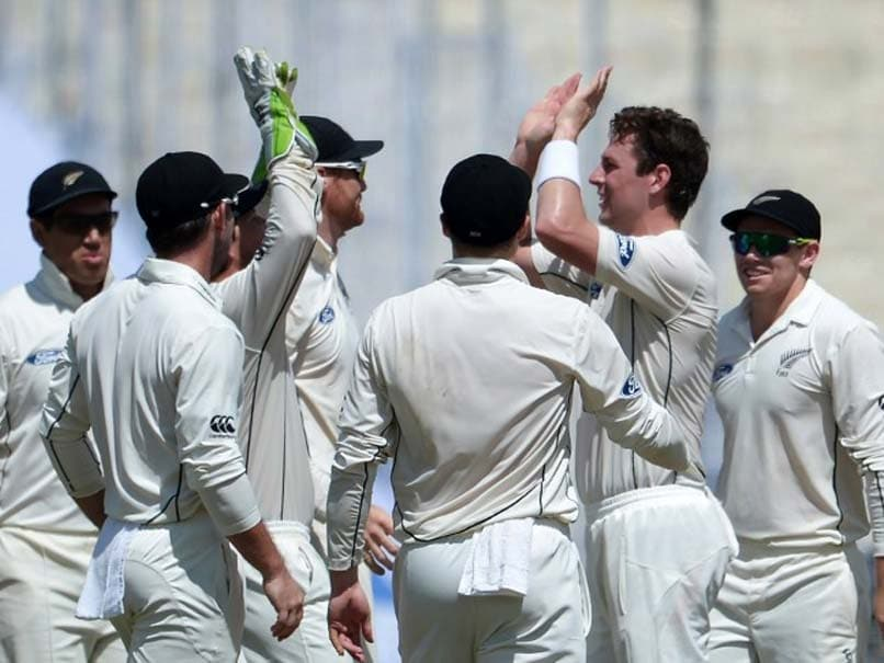 2nd Test: Matt Henry's Twin Blow Leaves India Reeling at Lunch