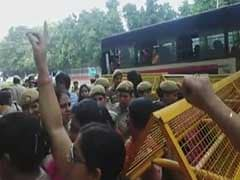 Protesting Nurses Allegedly Manhandled By Delhi Police, Thrown Into Buses