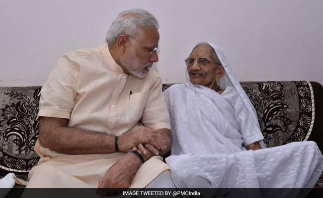 PM Narendra Modi Tweets 'Skipped Yoga' To Meet Mother, Kejriwal Takes A Dig