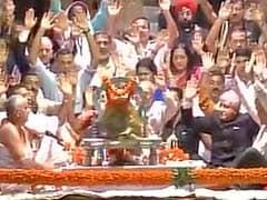President Pranab Mukherjee Participates In Ganga Aarti In Haridwar