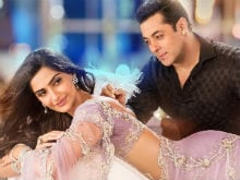 Sonam Kapoor Lost Many Films (Almost Including Salman's) Because of Dad