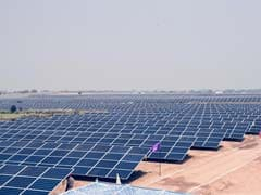 SBI Gets 1,400 Crore Loan For Mega-Solar Projects