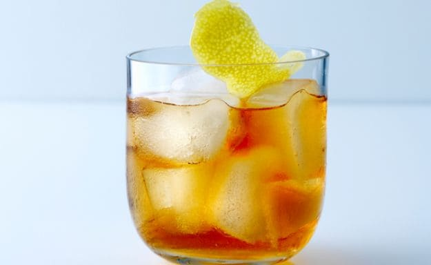 whiskey sour cocktail 625