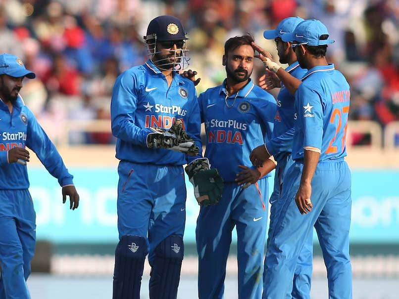 Amit Mishra, Bowlers Help India Restrict New Zealand to 260/7