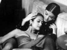 This Aishwarya Rai Bachchan, Amrita Arora Pic Opens Time Travel Portal