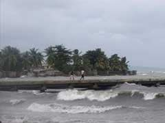 Caribbean Fears For Coastal Families As Hurricane Matthew Gets Close