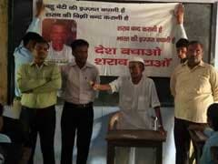 98-Year-Old Freedom Fighter Prevented From Jumping Into Yamuna