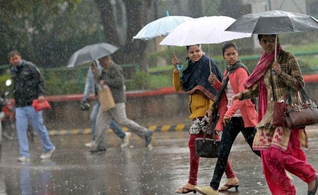 Overnight rain cools down Delhi