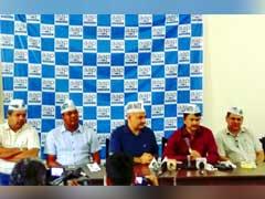 Goa Ex-Cop Elvis Gomes Joins Aam Aadmi Party