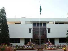 India Says Withdrawing 8 Diplomats From Pakistan