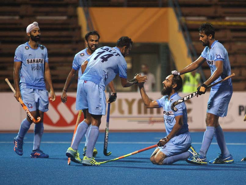 India Drub China 9-0 to Stay in Hunt For Top Spot
