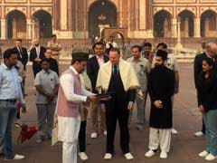 New Zealand Prime Minister John Key, Wife Visit Jama Masjid And Sis Ganj Gurudwara