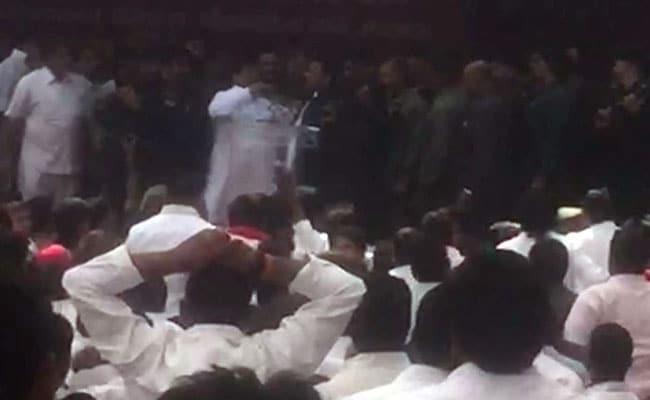 Watch: Shivpal Yadav Calls Akhilesh 'A Liar', Grabs Mic At Meeting