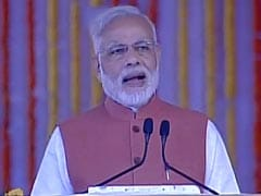 Government Will Ensure LPG Connection To All: PM Modi