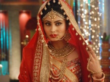 Will Mouni Roy's Naagin 2 Live Up to the Expectations? She is 'Nervous'