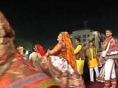 Garba Rhythm Slows With Fewer Sponsors In Mumbai This <i>Navratri</i>