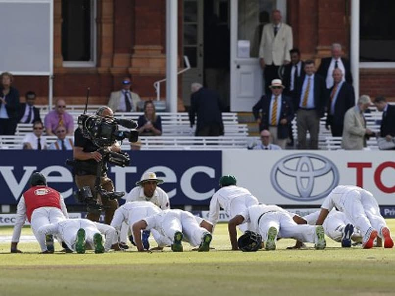 Pakistan Lawmaker Slams Cricketers For Doing Push-Ups After Match