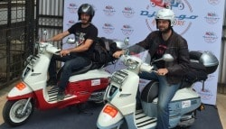 Peugeot Django 125 Scooters Ride Across India On A Journey From Paris To Vietnam